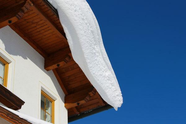 Schnee im Haus Löger