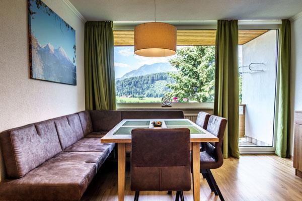 Eßtisch mit Aussicht Apartment D Priel
