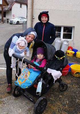 Claudia, Nicole, Elena und Romina