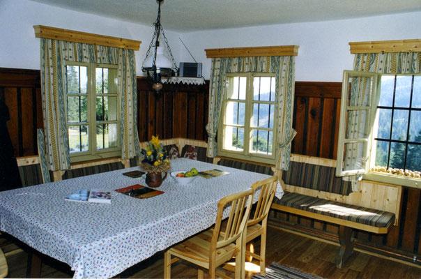 Wohnküche der Großhinterbergerhütte