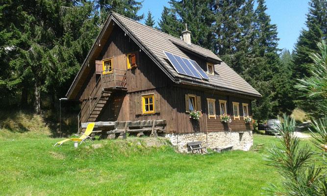 Rückansicht der Großhinterbergerhütte