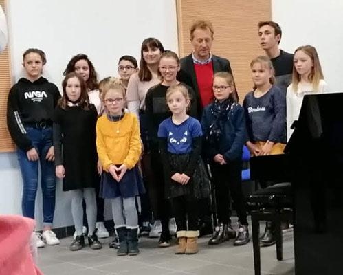 Les jeunes pianistes sont prêts à montrer leur talent