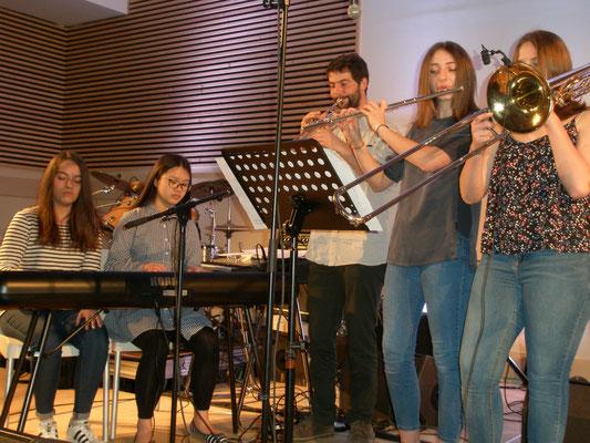 Chouppes : l'ensemble musique trad'
