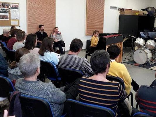 Un auditoire attentif dans l'auditorium de l'Ecole, pôle de Maisonneuve