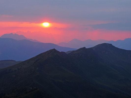 Sonnenuntergang am Statzerhaus 2.117m (18.07.2015)