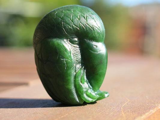 Kakapo Jade Carving 翡翠彫刻