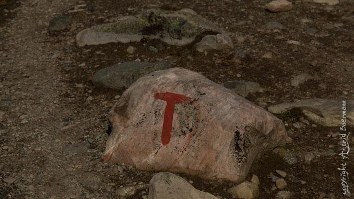 Das rote T - Ein zuverlässiger Wegweiser auf dem Weg zum Gaustatoppen