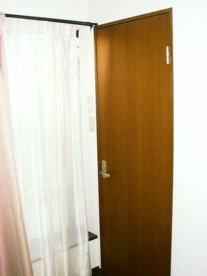 1-D号室です。