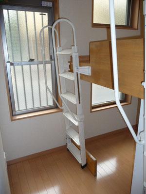 こんな立派な階段他にはないでしょう(笑)