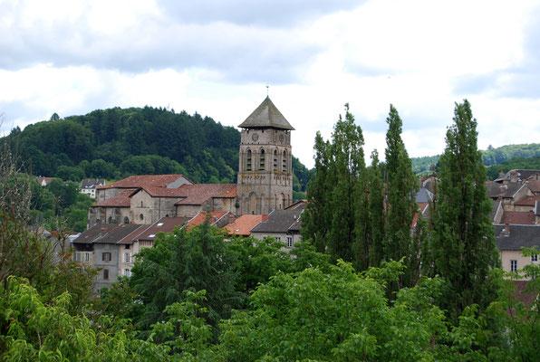 Eymoutiers, sur les plateaux de la Montagne limousine  (chef-lieu de la Communauté de Communes des Portes de Vassivière).