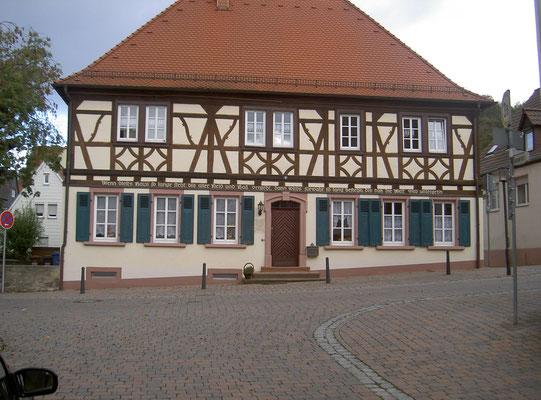 Ehemaliges Franz. reformiertes Pfarr- und Schulhaus