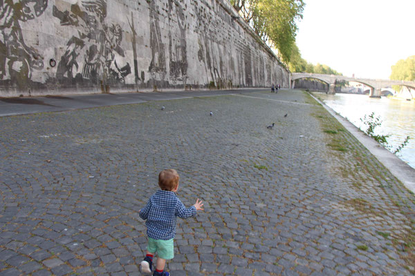 Tiber River Pathways