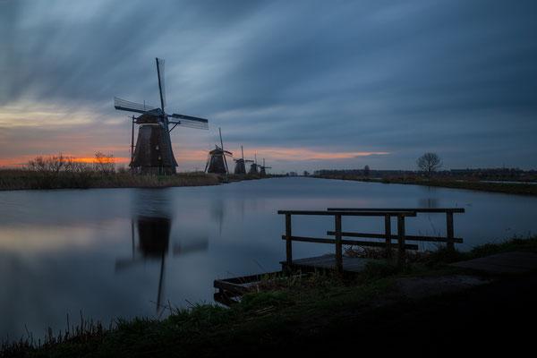Sunrise at Kinderdijk (long exposure)