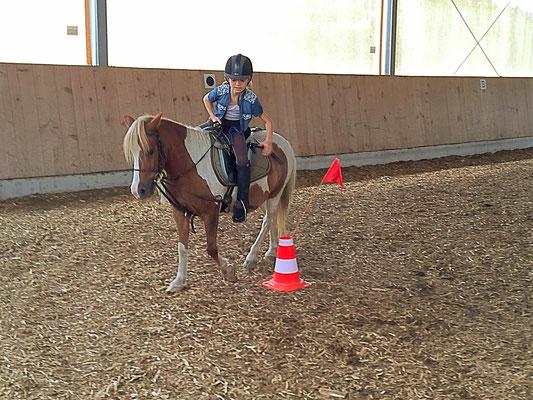 Reiterspiele (Mounted Games) 3
