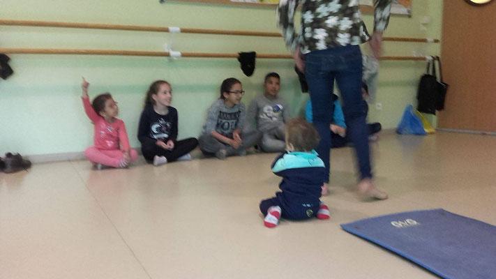 théâtre enfants, spectacle, atelier, théâtre en famille, théâtre parents enfants, animation jeunesse, Céline Hereng