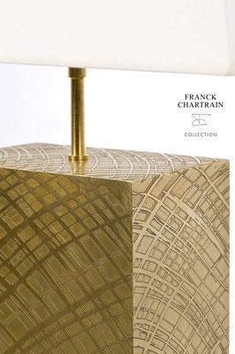 ECLAT LAMP Textured bronze