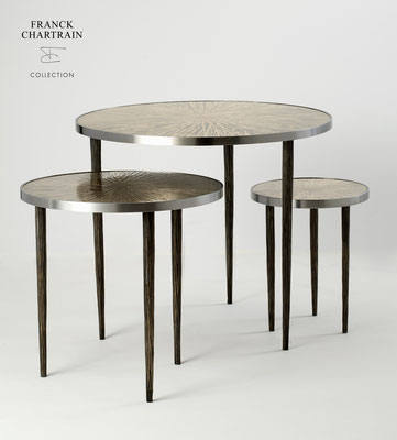 ASTRES NESTING SIDE TABLES Textured bronze, steel polished, textured steel