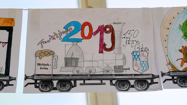 Die Kinder der Stadt beteiligten sich mit selbstgemalten Bildern und Collagen an der Jubiläumsfeier