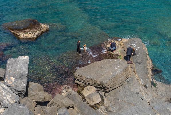 Nach der kirchlichen Trauung sprang das Taucherehepaar ins Mittelmeer und gab Einblicke in Ihren Sport