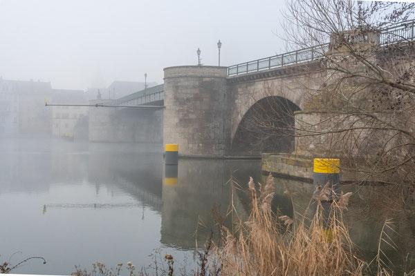 An der Alten Mainbrücke