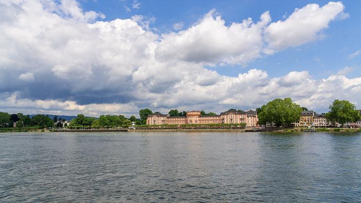Schloss Biebrich bei Wiebaden