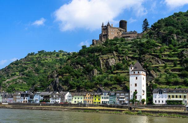 St. Goarshausen mit der Burg Katz