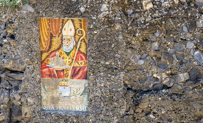 Die ehemalige Benediktinerabtei San Fruttouso an der Riviera di Levante