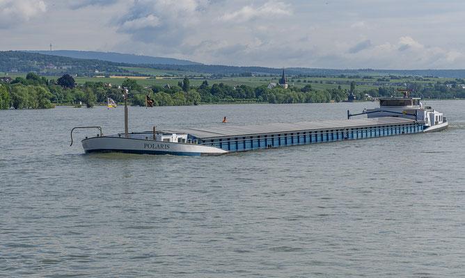 Das Gütermotorschiff Polaris, bis kurz vor dem absaufen vollgeladen