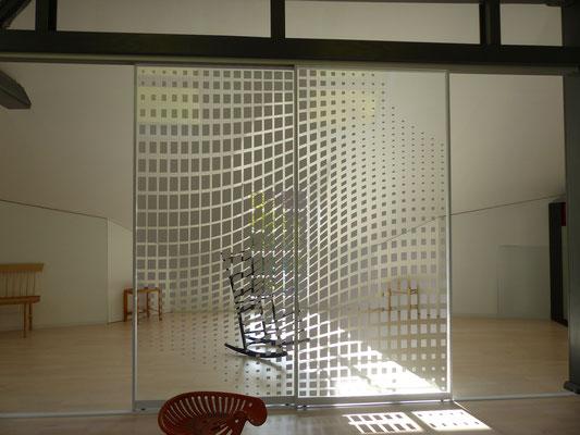 Ausstellung mit Gleit-Türen