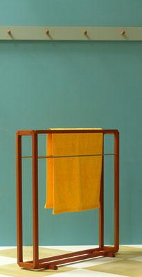 Wäscheständer aus Kirschbaum
