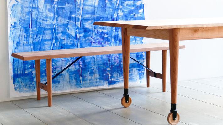 Möbel aus Rüster/Ulme