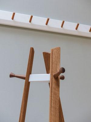 Kleiderständer mit Holzschrauben