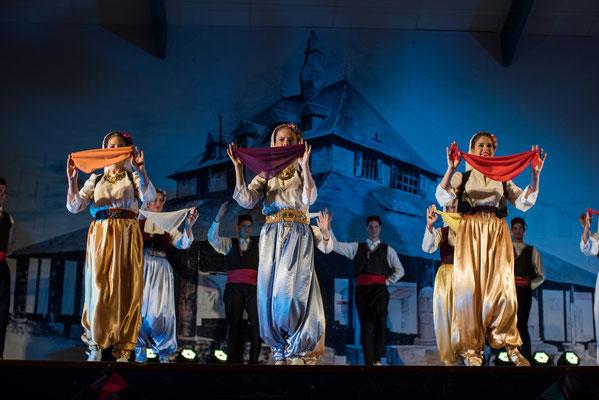 Folklorni Ansambl ''Crna Gora'' (Montenegro) Photo Florent Teulé - FOLKOLOR 2015
