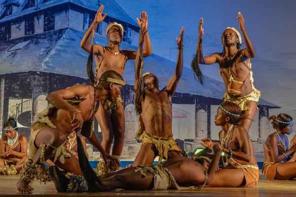 Ngwao Letshwao Performing Arts (Botswana) - FOLKOLOR 2017 - Photo G.SIGRO