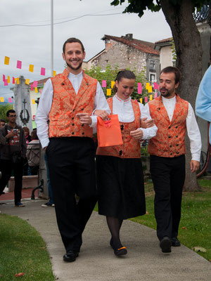 Banda Gaitas Castro Bérgidum (Espagne) Photo Phil.M - FOLKOLOR 2015