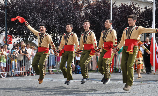 Ensemble GEGHARD (Arménie) FOLKOLOR 2018 - Photo PhilM
