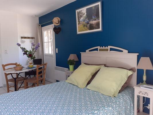 www.gitesdumarquenterre.com ESCALE en BAIE DE SOMME avec 1 lit 140 X 190