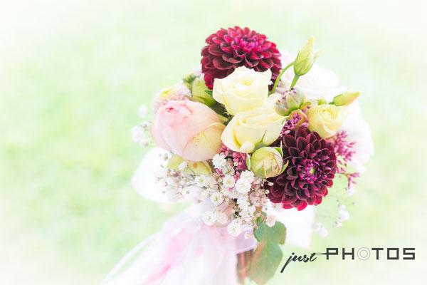 Hochzeit [ Dekoration, Blumenstrauß ]