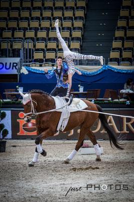 Munich Indoors - Weltmeister im Voltigieren Pas de Deux Jasmin Lindner und Lukas Wacha auf Bram