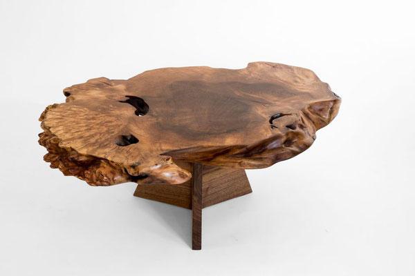 1084 · Caucasian Walnut, American Black Walnut