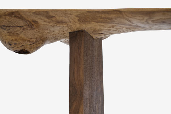 C1094 · Oak, European Walnut