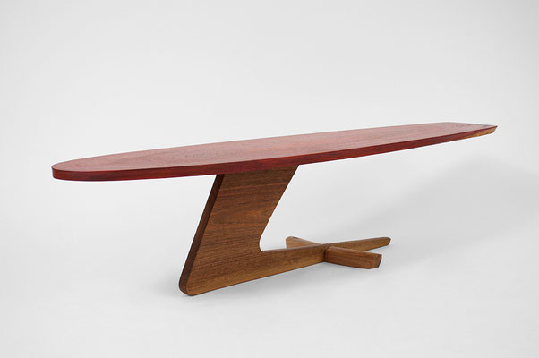 T1325 · Padouk, European Walnut