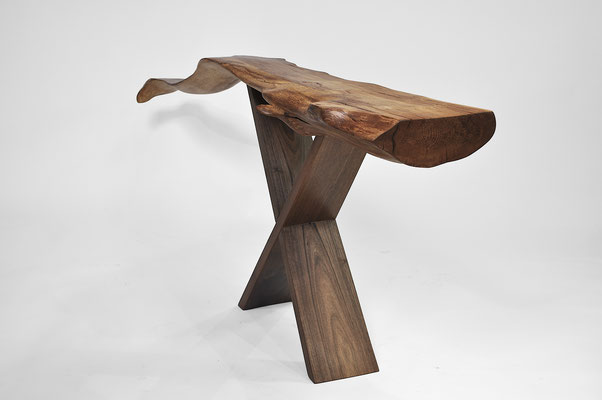 C1257 · Beech Root, Walnut