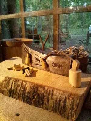 斧のオブジェのマグネット 1個 700円(税込み)