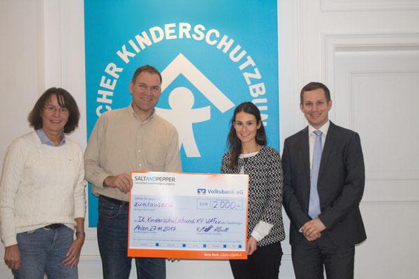 Spendenübergabe beim Deutschen Kinderschutzbund Ahlen (Foto: SALT AND PEPPER)