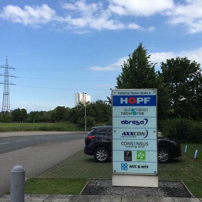 HOPF, Stele / Gebäudenavigation