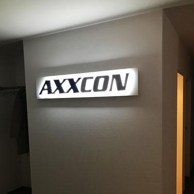 AXXCON, Logo als LED Leuchtbuchstaben