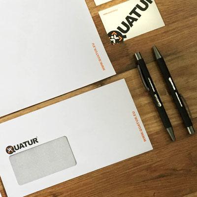 QUATUR, Geschäftsdrucksachen und Give Away Kugelschreiber