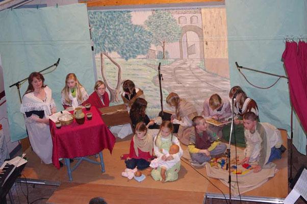 """Aufführung des """"Evangelimanns"""" in der Kirche Rudelswalde"""