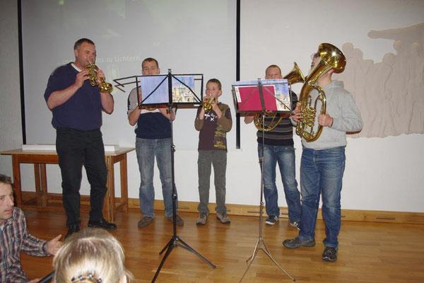 2. Advent 2012 ... jetzt ist es komplett ... Lukas, Steffen, Carsten, Ralf und Gerd